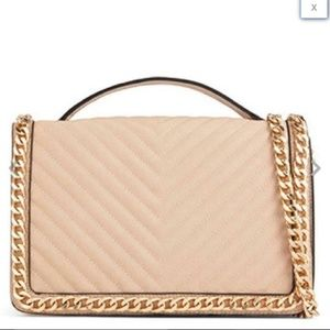 🚫SOLD🚫 Nude Gold Chain Quilted Shoulder Bag